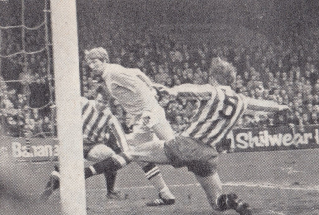 stoke home 1968 to 69 bell goal 1-0
