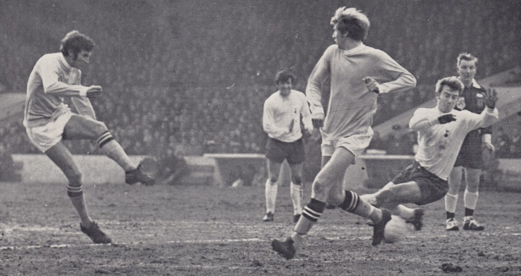 tottenham fa cup 1968 to 69 action 4