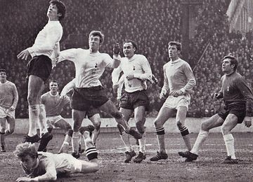 tottenham home fa cup 1968 to 69 action