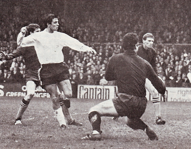 fulham away 1967 to 68 action3