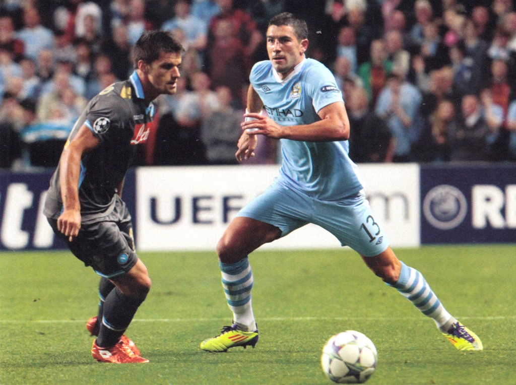napoli home 2011 to 12 action92