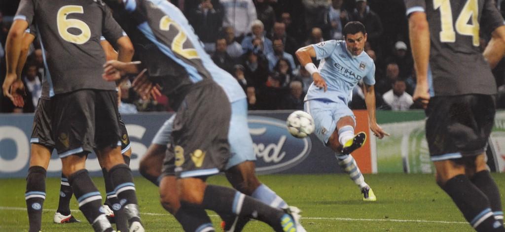 napoli home 2011 to 12 kolarov goal3
