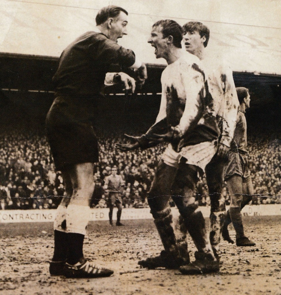 cardiff away fa cup 1966-67 action3