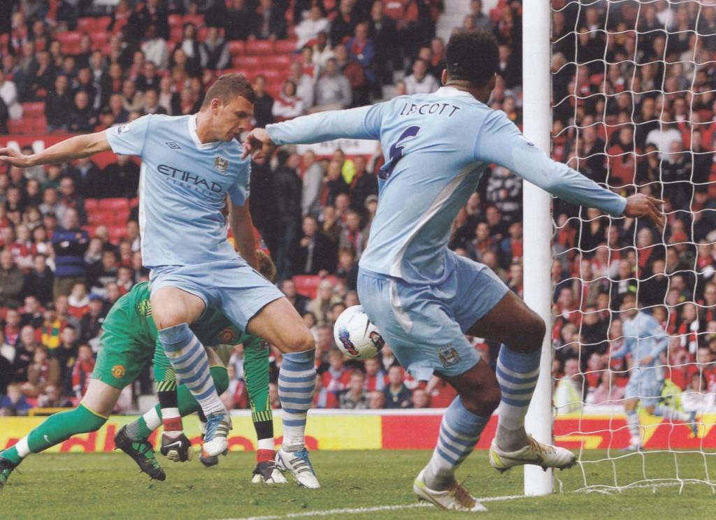 man utd away 2011 to 12 dzeko goal 40