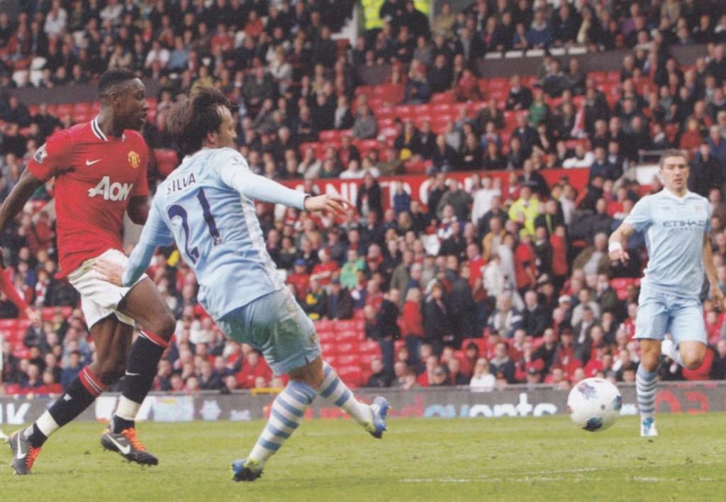 man utd away 2011 to 12 silva goal52