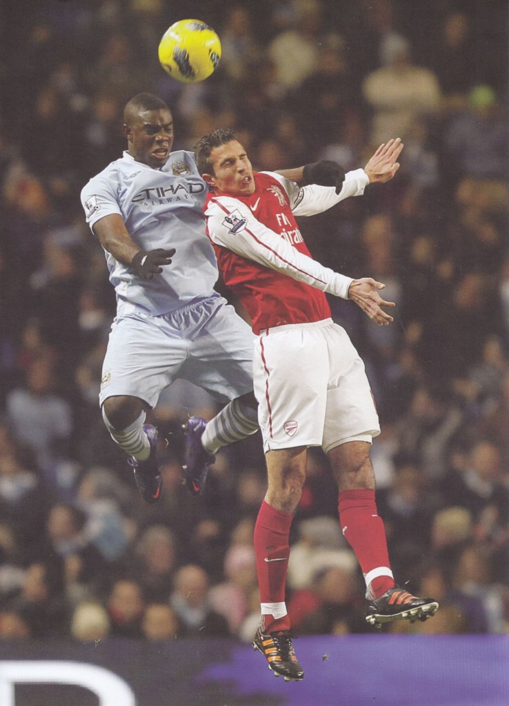 arsenal home 2011 to 12 action77