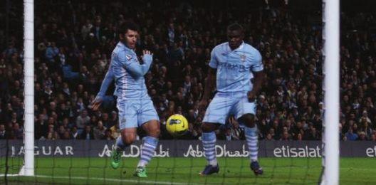 stoke home 2011 to 12 1st aguero goal