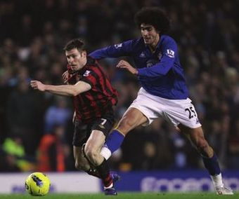 everton away 2011 to 12 action