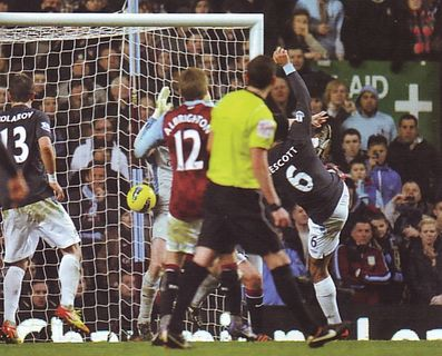 aston villa away 2011 to 12 lescott goal2