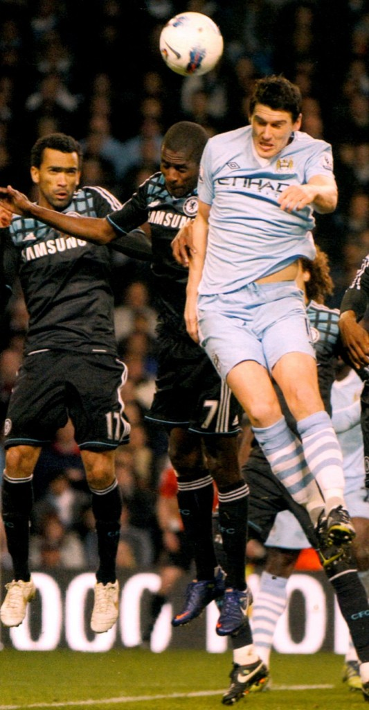 chelsea home 2011 to 12 action770