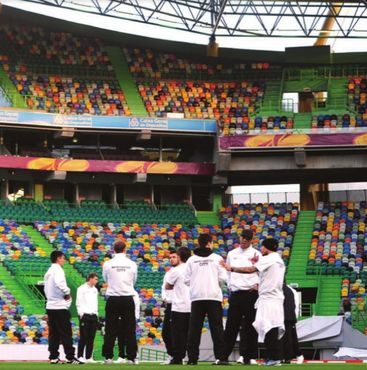 sporting lisbon away 2011 to 12 players train