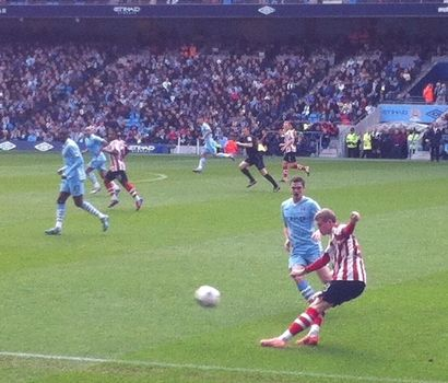 cityv Sunderland 2011 to 12 action2