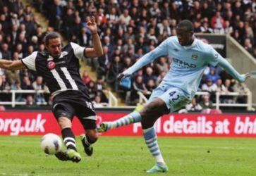 newcastle away 2011 to 12 yaya 2nd goal