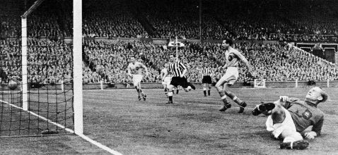 1955 fa cup final milburn goal
