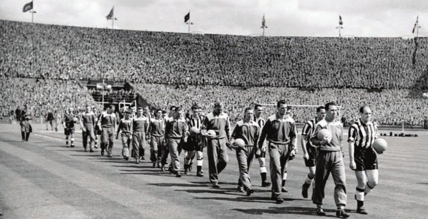FA CUP FINAL 1954 to 55 teams walk outl