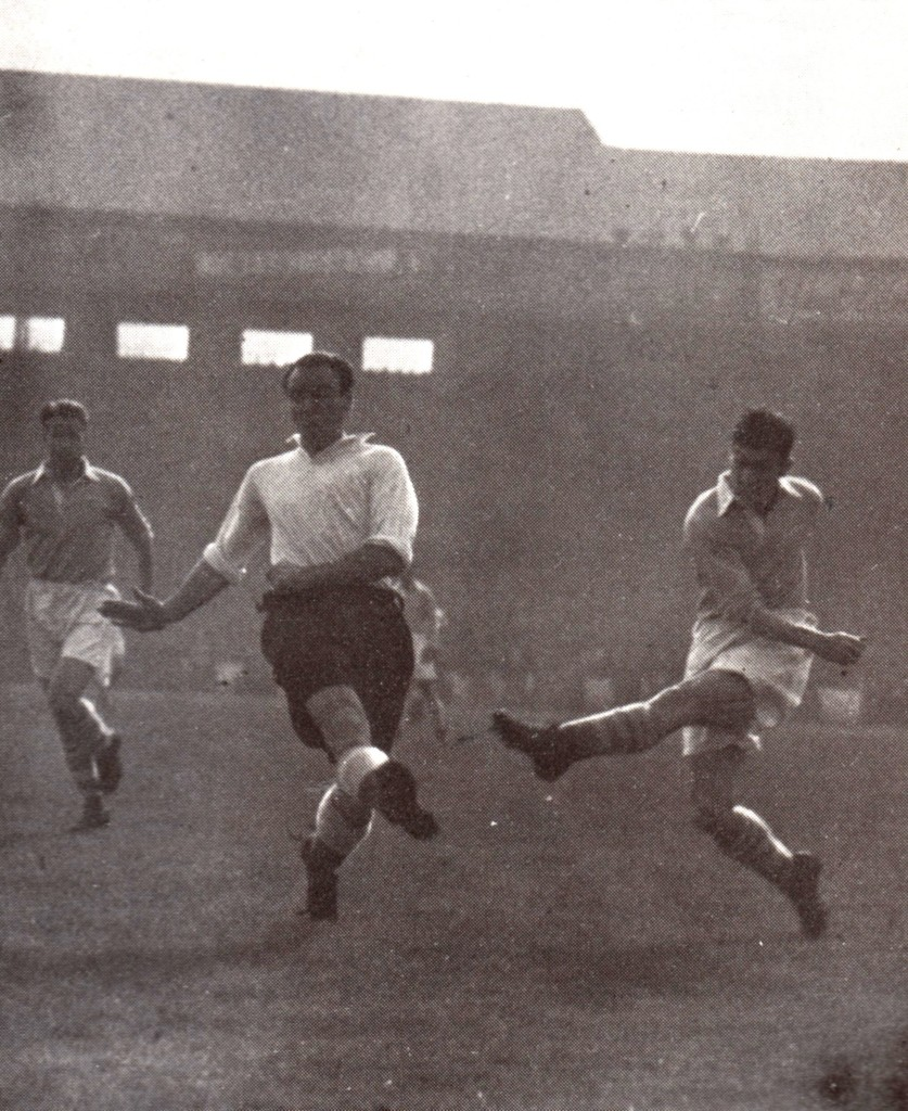 derby home 1951 to 52 clarke goal