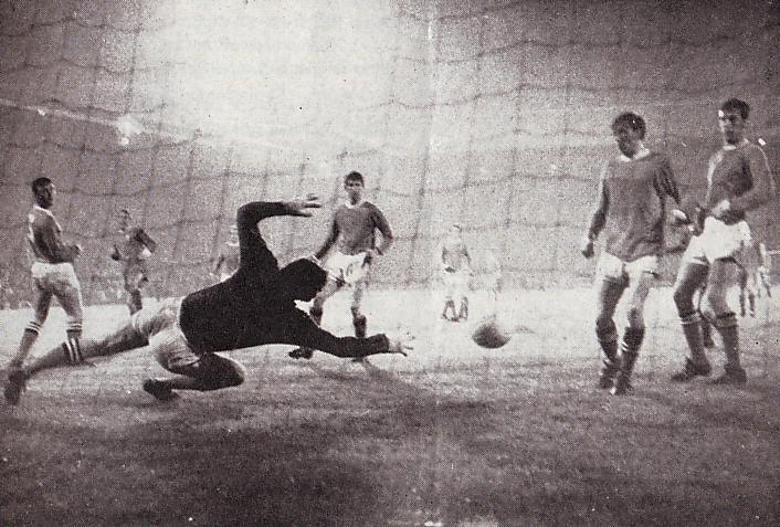 liverpool away 1969 to 70 stjohn winner