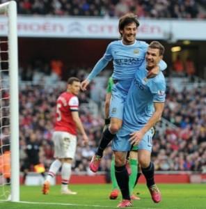 arsenal away 2013 to 14 silva goal