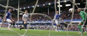 everton away 2013 to 14 2nd dzeko goalb