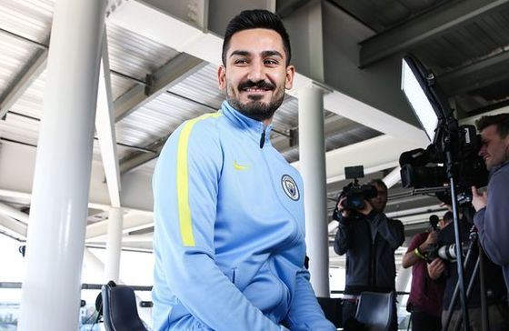 gundogan signs 2016 to 17