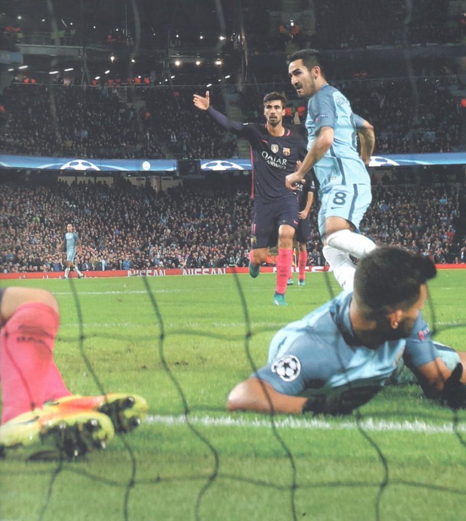 barcelona home 2016 to 17 gundogan goal