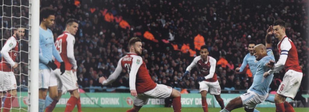arsenal league cup final 2017 to 18 kompany goal.2