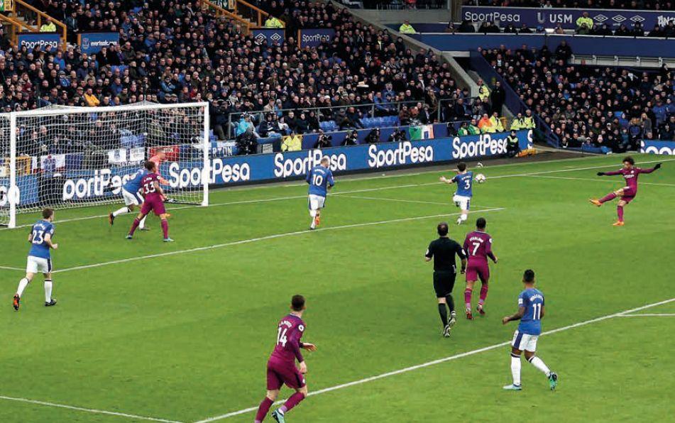 everton away 2017 to 18 sane goal