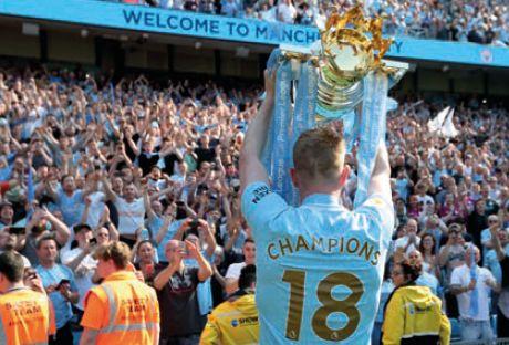 huddersfield home 2017 to 18 kdb celebrate