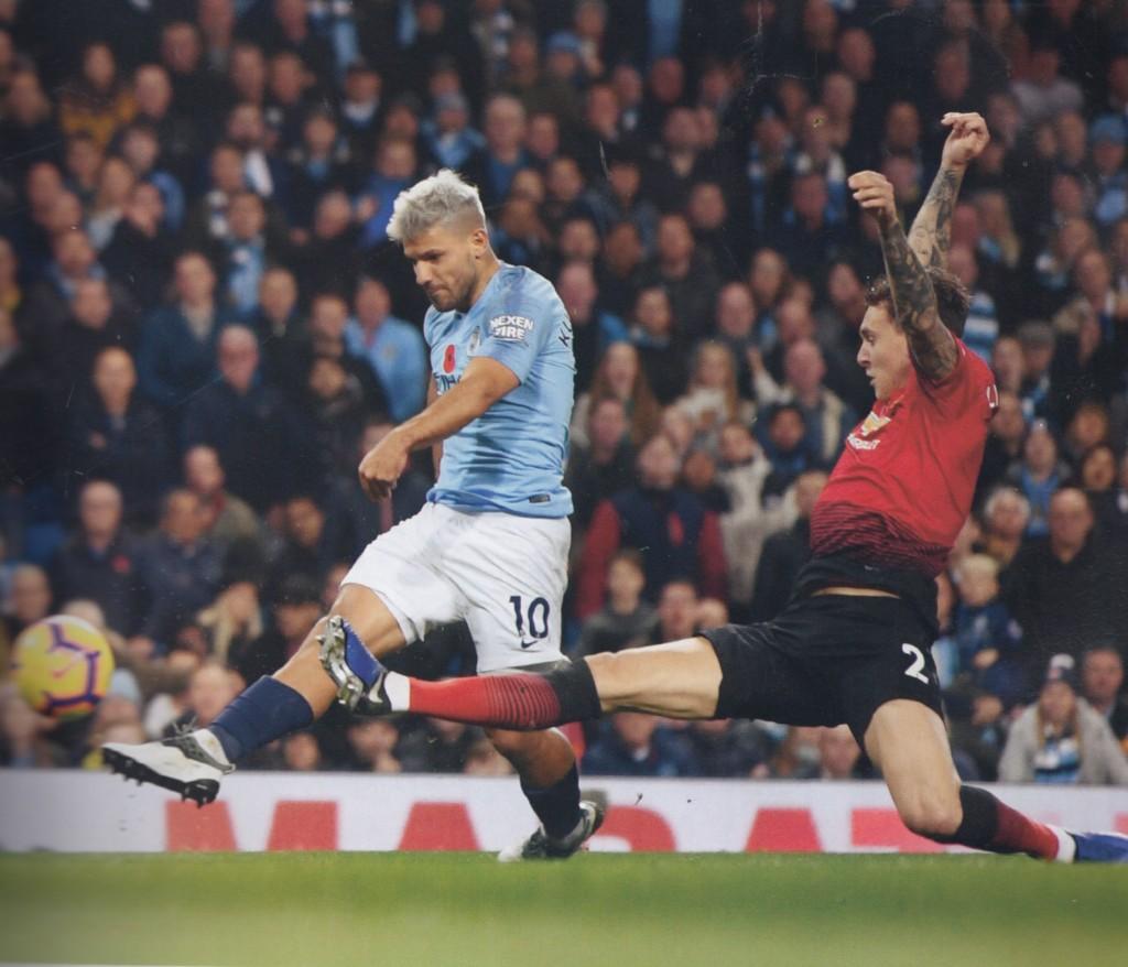 man utd home 2018 to 19 aguero goal3