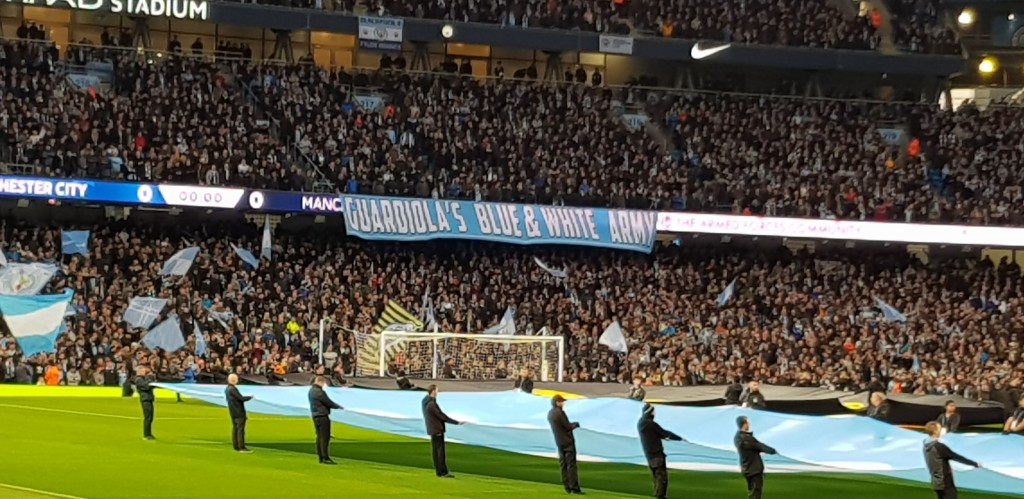 man utd home 2018 to 19 crowd