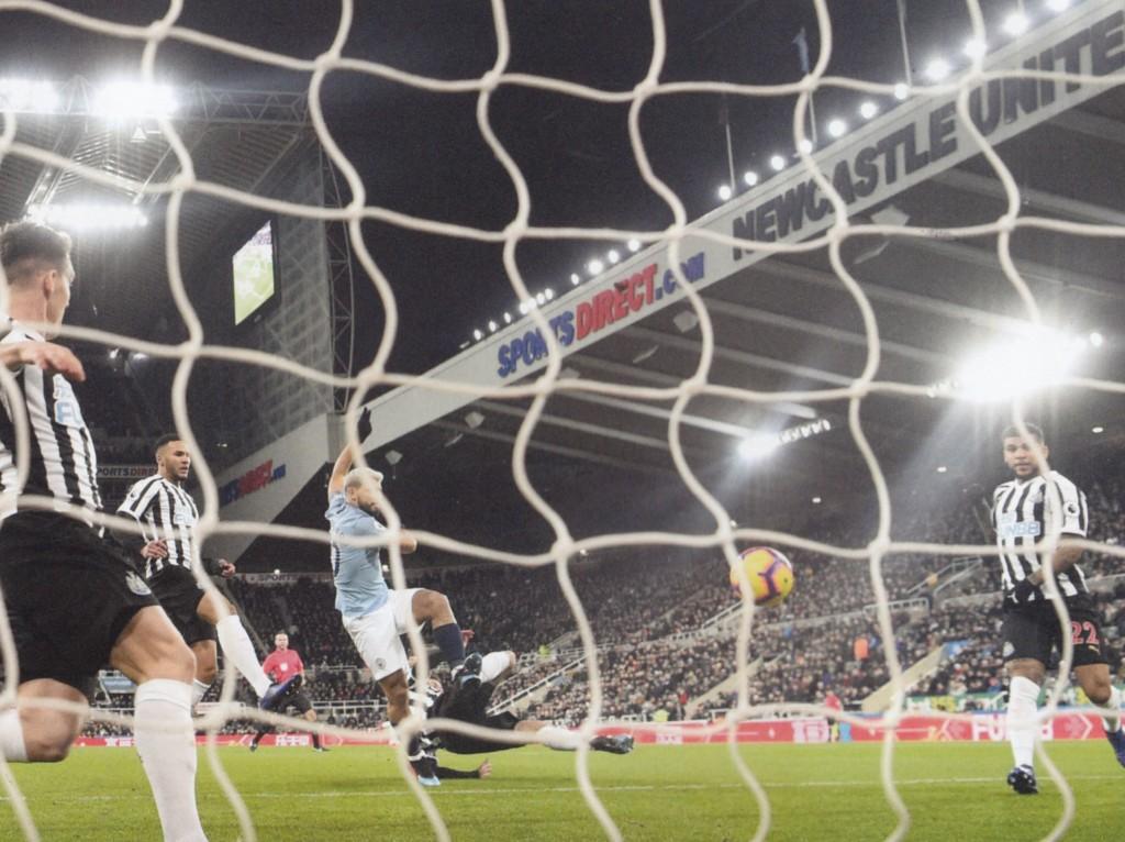 newcastle away 2018 to 19 aguero goal