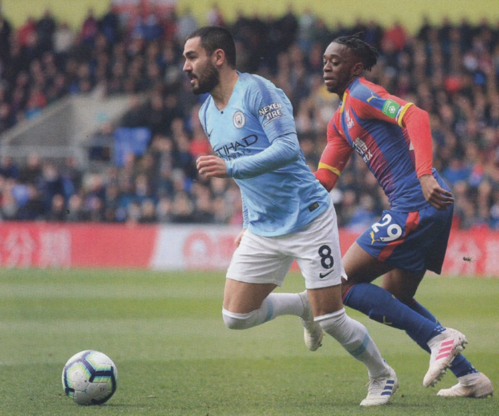 crystal palace away 2018 to 19 action3