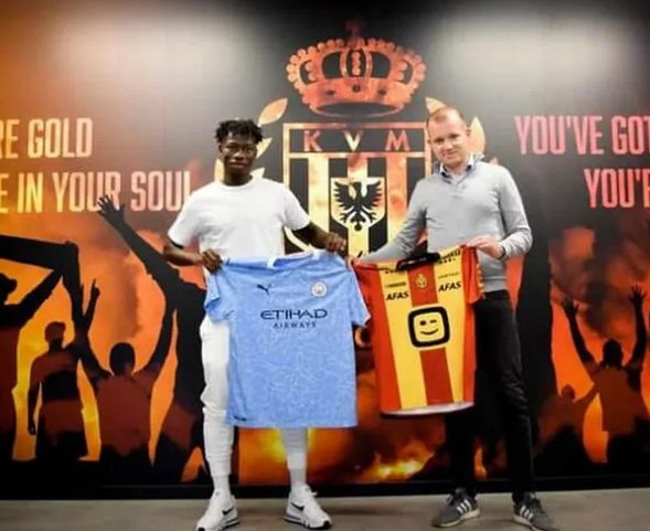 kabore signs 2019 to 20