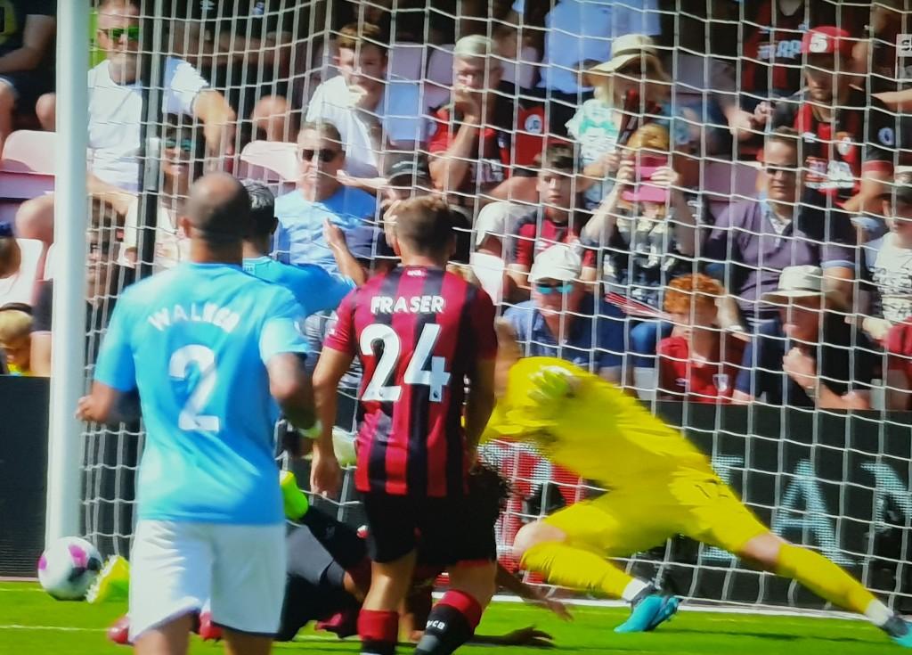 bournemouth away 2019 to 20 first aguero goal2