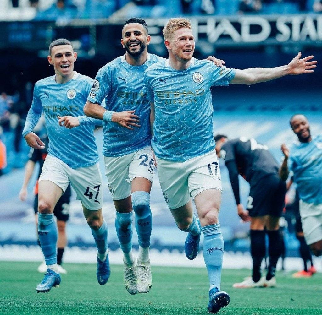 everton home 2020 to 21 kdb goal