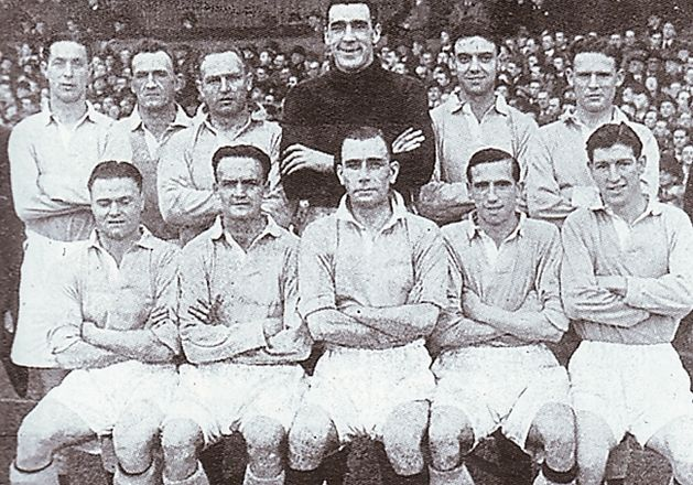 1948 to 49 team group