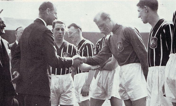 1955-56 team presentationa