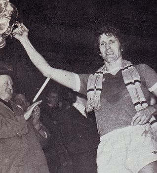 1975-76 league cup final doyle celeb1