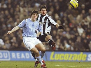 2005-06 newcastle home action4
