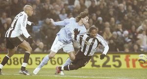 2005-06 newcastle home action