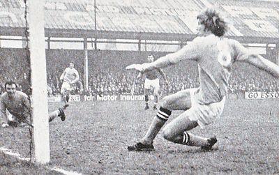 Blackpool away 1970-71 bell citys 2nd goal