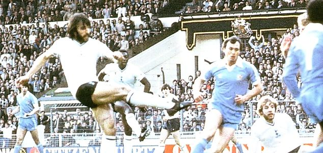 FA Cup Final Replay 1980 to 81 villa goal2