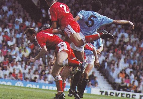 Liverpool away 1989 to 90 action