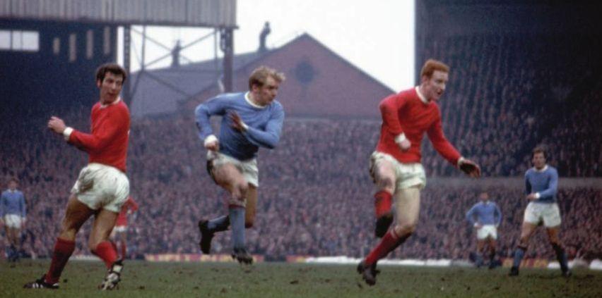 Man Utd Away 1969-70 action2