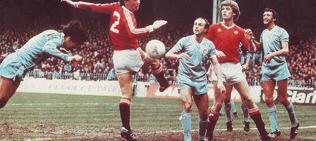 Man utd home 1982 to 83 reeves goala