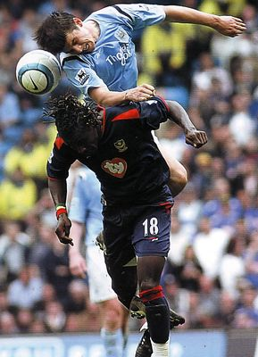 Pompey home 2004 to 05 action2