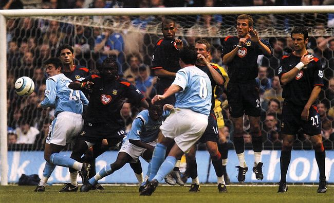 Pompey home 2004 to 05 fowler goal