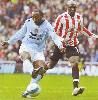 sunderland away 2007 to 08 vassell goal