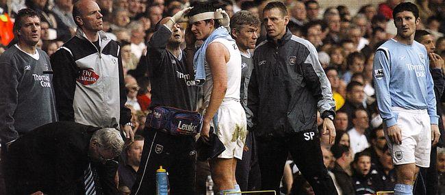 Tottenham away 2004 to 05 barton injury