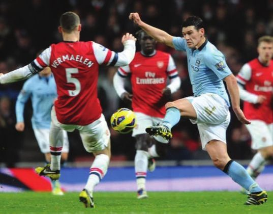 arsenal away 2012 to 13 action
